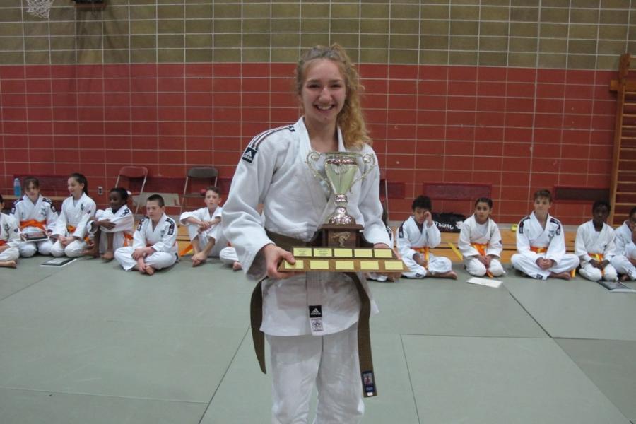 Violette louet judoka de l annee